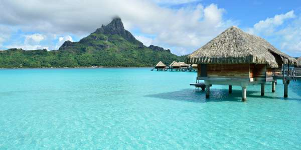 Air & 18-Nt Luxury French Polynesian Cruise